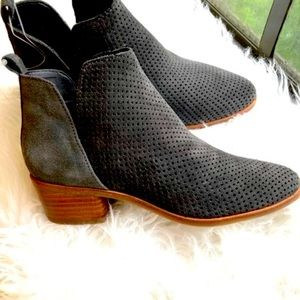 Dolce Vita Gray Leather Suede Kaidie Bootie